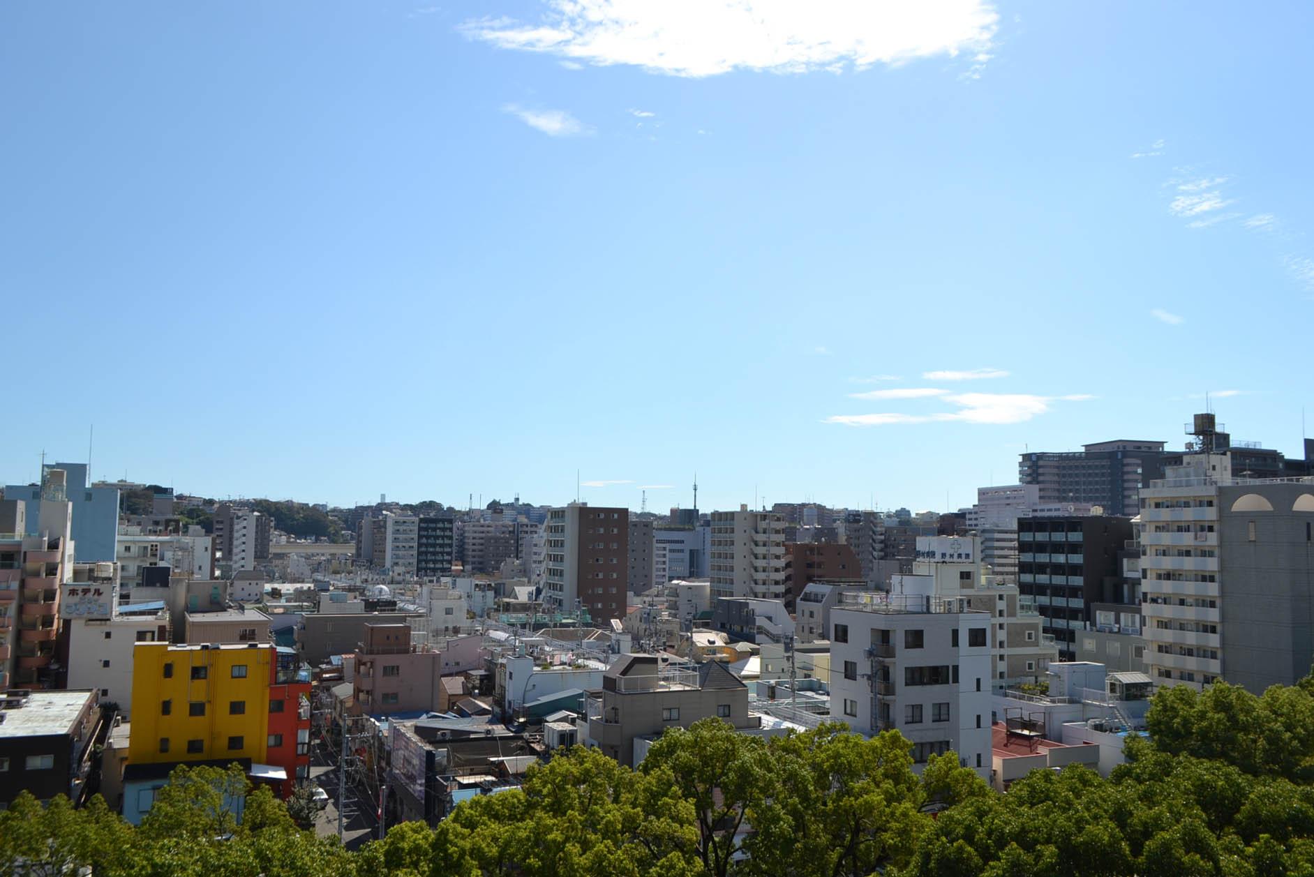 住居バルコニーより眺望。遮るものがない開放感のある景色が広がります。 イメージ