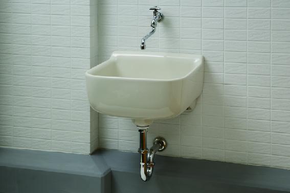 気軽に水が使えるスロップシンクでガーデングやアウトドアグッズの洗浄など幅広く使えます。 イメージ