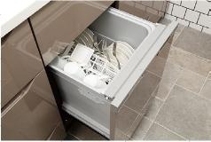 食器洗い乾燥機・パワフルに温水洗浄可能な、食器洗い乾燥機。空間をスマートに演出するビルトインタイプ。(同仕様・モデルルーム写真… イメージ