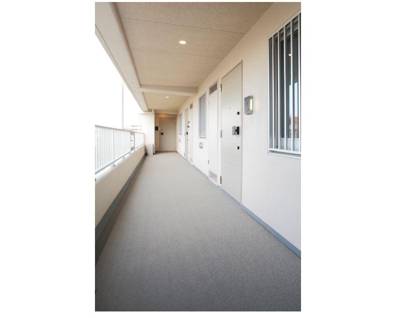 余裕のある共用廊下。 イメージ