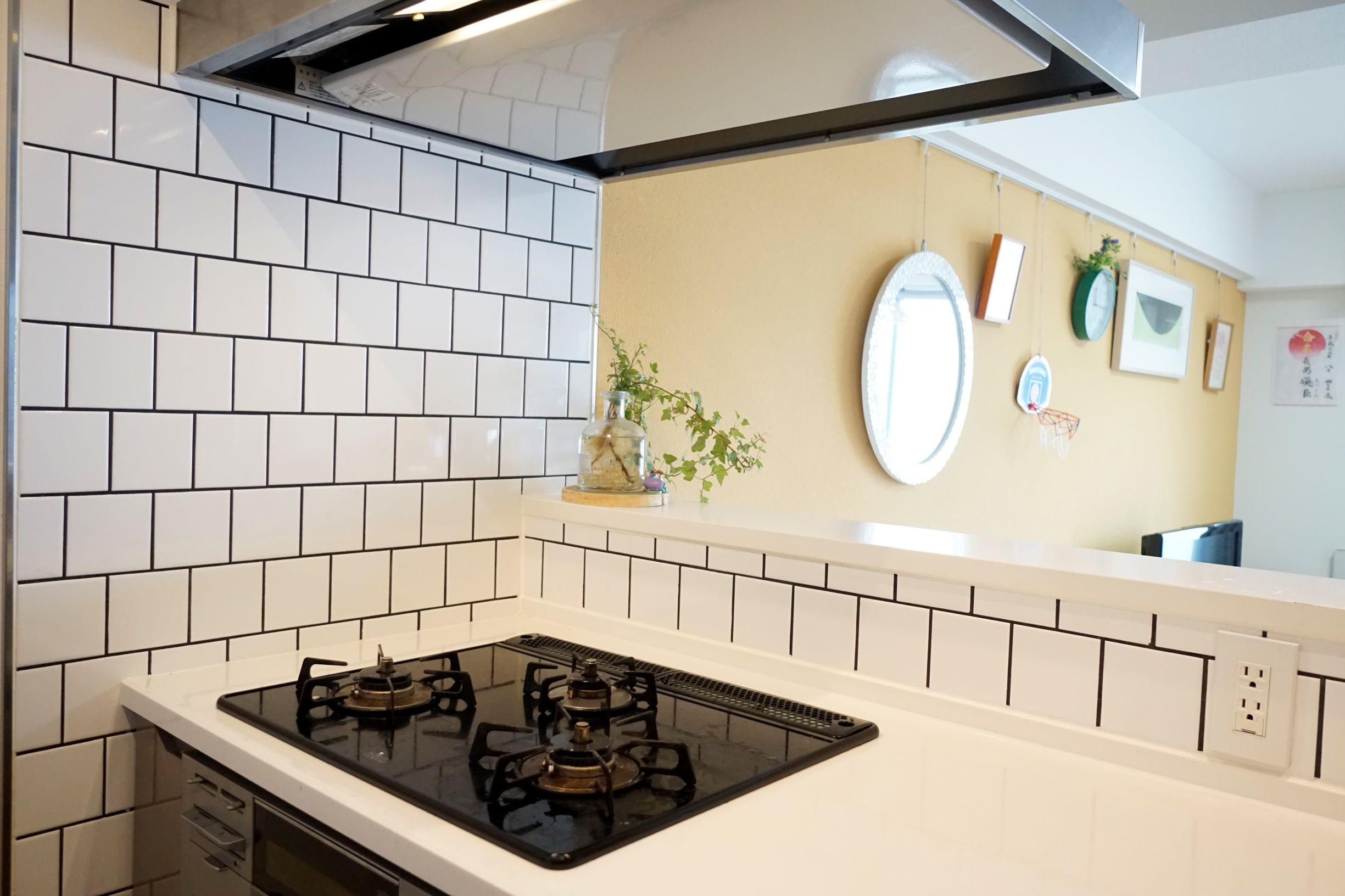 オープンカウンターキッチンはリビングとの一体感があります。 イメージ