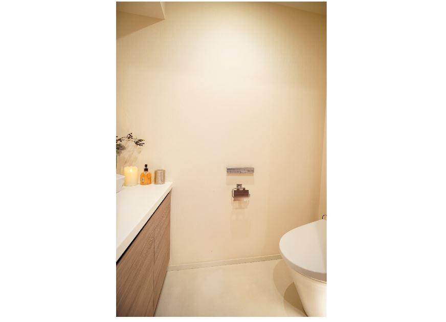 タンクレストイレ&手洗い器(2019年7月撮影) イメージ