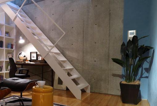 メゾネットタイプ(階段でB1へ、壁はコンクリート打放し珪藻土) イメージ
