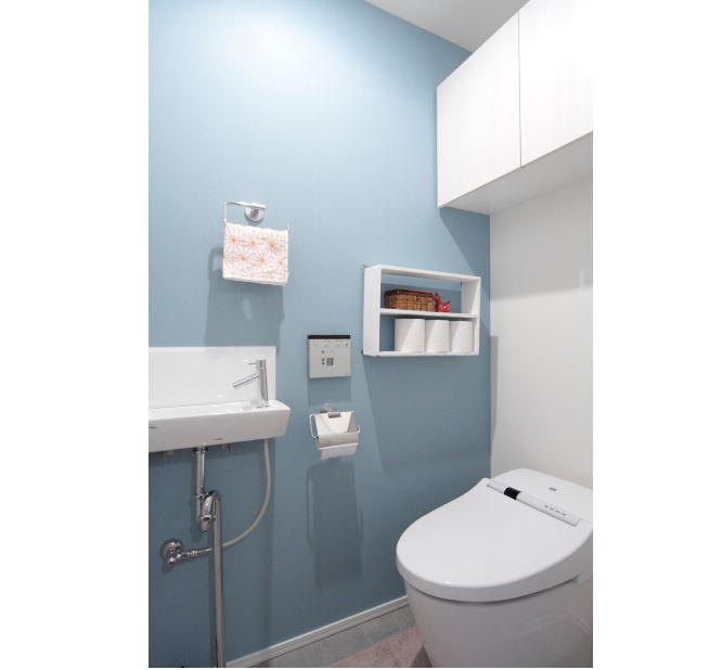 室内(2012年9月)撮影、タンクレストイレ イメージ