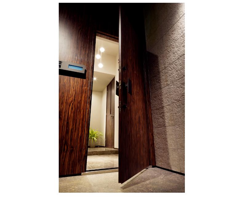 高さのある大型玄関ドア(H2200mm) イメージ