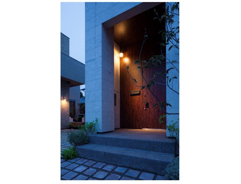 ダコタマホガニーの玄関床 イメージ