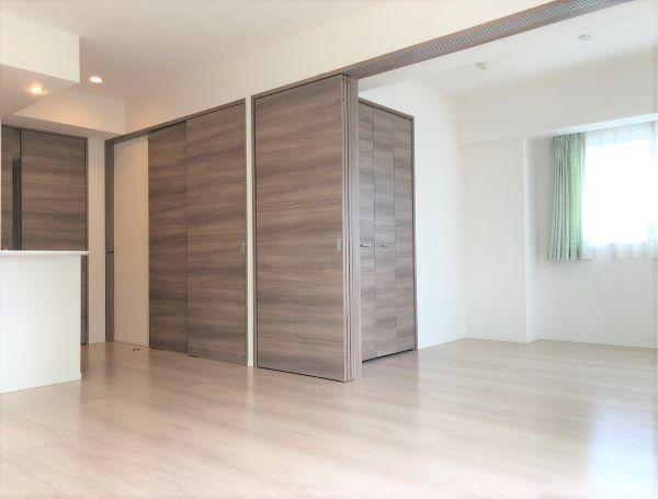 3枚引き戸・LDK+洋室(18,6帖)・(2020年8月)撮影 イメージ